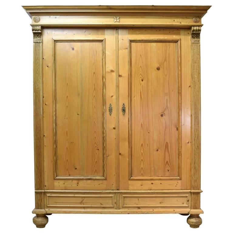 19th century large grunderzeit armoire in pine for sale at. Black Bedroom Furniture Sets. Home Design Ideas