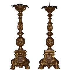 17th Century Italian Giltwood Candlesticks With Angels