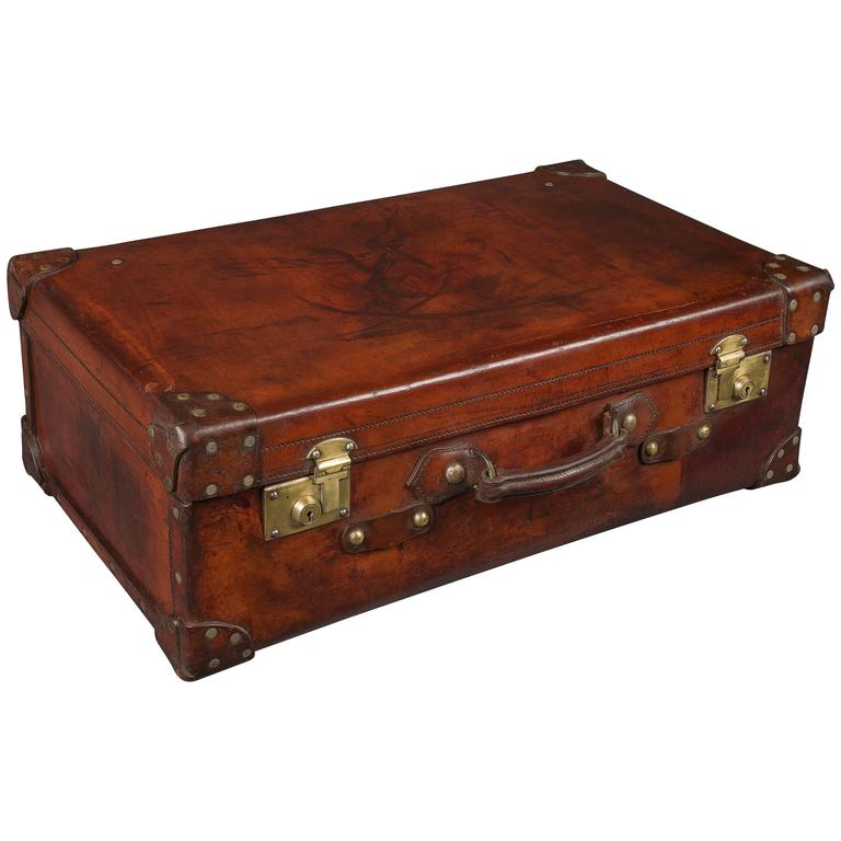 a3a523afa Very Fine 19th Century Leather Suitcase For Sale at 1stdibs