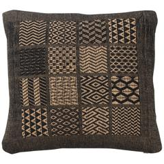 Indian Handwoven Pillow.  Black and Beige.