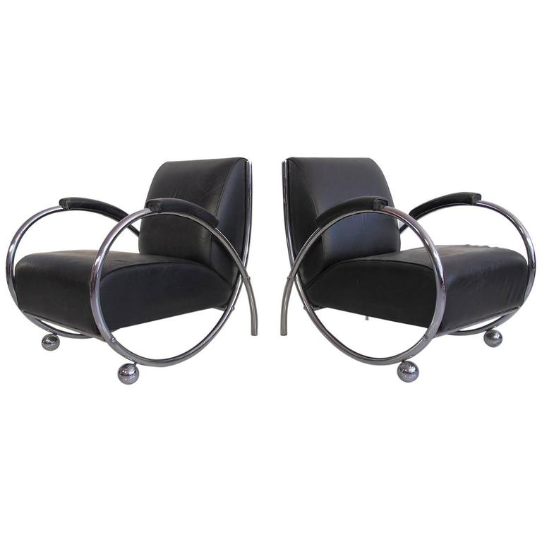 pair of chrome and black leather bauhaus lounge chairs circa 1950s for sale at 1stdibs. Black Bedroom Furniture Sets. Home Design Ideas
