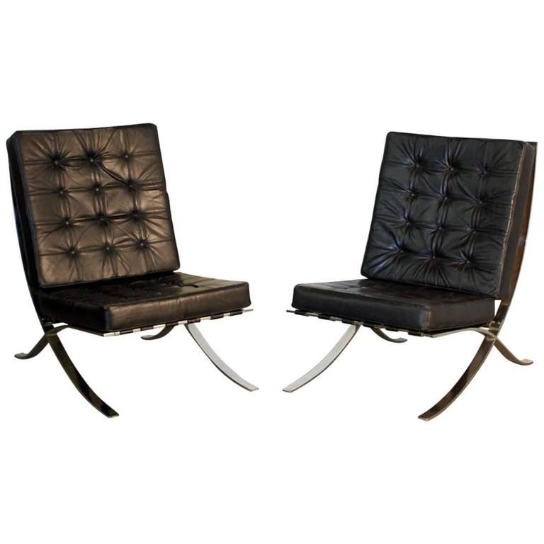 Pair of Oversized French 1970s Barcelona Style Chrome and Leather Chairs For Sale