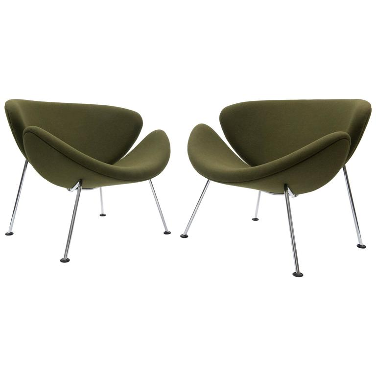 Pair Of Pierre Paulin Orange Slice Lounge Chairs In Green For Artifort