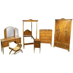 Superb Satinwood Painted Sheraton Revival Extensive Bedroom Suite