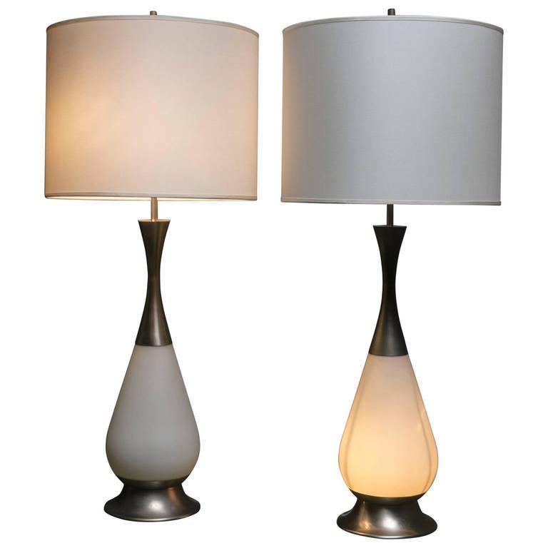 Marvellous Pair of Stilnovo Table Lamps