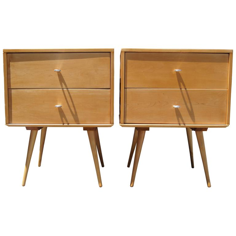 Pair Of Planner Group Nightstands By Paul McCobb For Winchendon Furniture 1