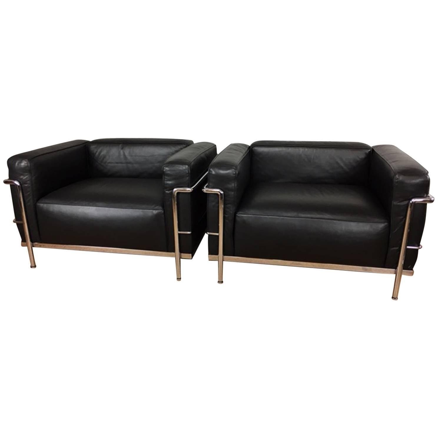 Le corbusier chair vintage - Le Corbusier Lc3 Grand Comfort Lounge Chairs By Cassina