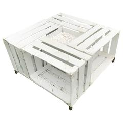 Handmade Outdoor Pallet Wood Painted White with Gravel Center Table