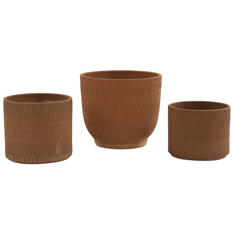 Three Gainey Sgraffito Ceramic Planters At 1stdibs