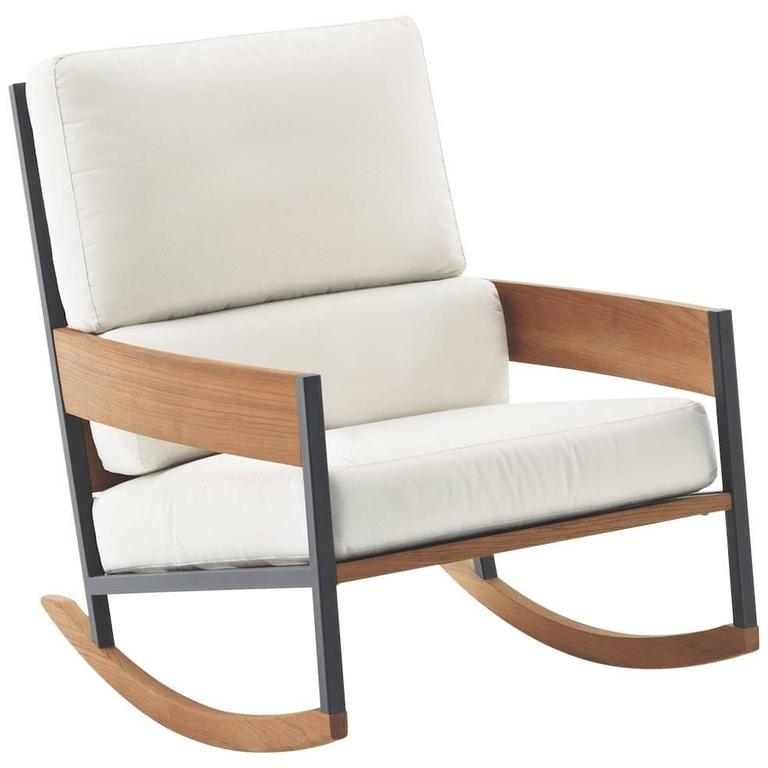 Superbe Roda Nap Rocking Chair For Indoor Or Outdoor Use For Sale