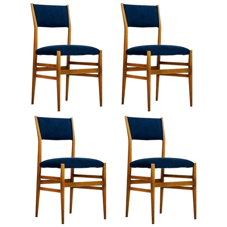 "Gio Ponti Set of four Mid-century Blue Italian Dining Chairs Model ""Leggera"" For Sale"