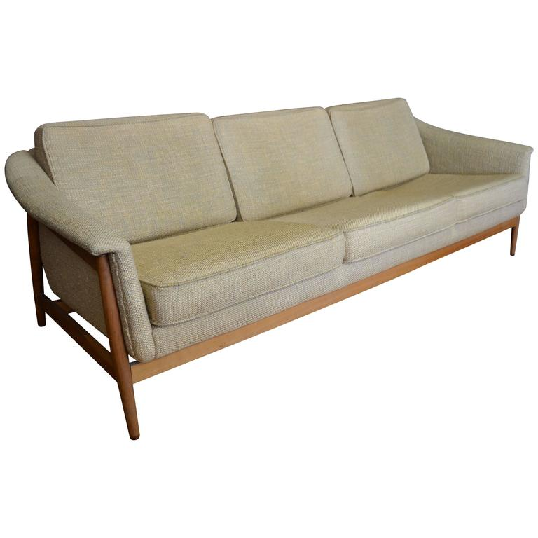 Merveilleux DUX Design Sofa From Chicago Design Center In The 1960s