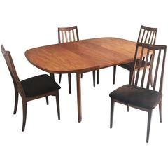 Antique and vintage dining room sets 821 for sale at 1stdibs for 1970 dining room set