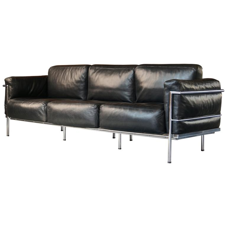 Vintage Black Leather Grand Confort Lc3 Three Seat Sofa Le