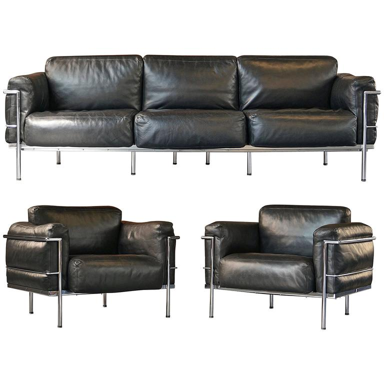 Le Corbusier Lc3 Grand Confort Living Room Set Sofa And Pair Of Lounge Armchairs At 1stdibs