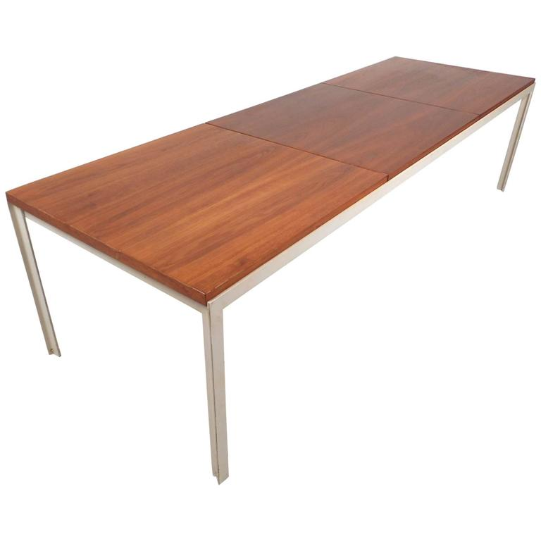 exquisite mid century modern coffee table by florence knoll for sale at 1stdibs. Black Bedroom Furniture Sets. Home Design Ideas