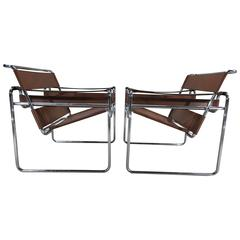 Pair of Caramel Leather Wassily Chairs by Marcel Breuer for Stendig