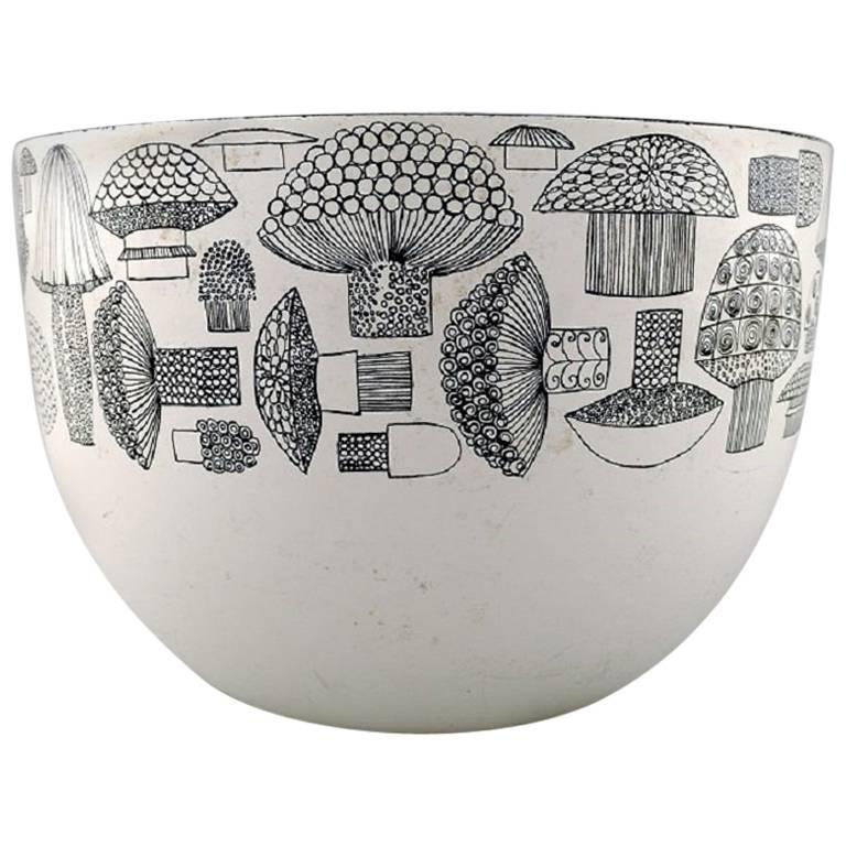 Kaj Franck, Bowl of Enameled Metal, Arabia / Finel, Finland, 1950s For Sale