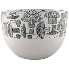 Kaj Franck, Bowl of Enameled Metal, Arabia / Finel, Finland, 1950s