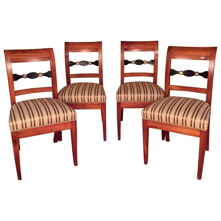 19th Century Set of Biedermeier Chairs Cherrywood 1830 For Sale