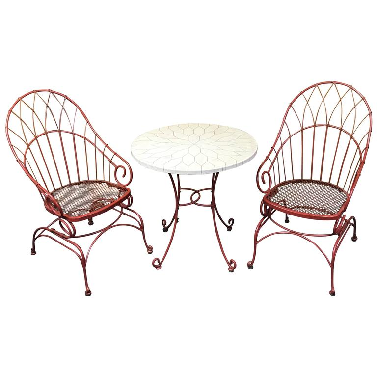 French Modern Red Wrought Iron Patio Set With Honeycomb
