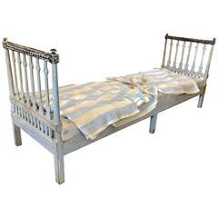 19th Century Long Swedish Gustavian Painted Daybed or Bench
