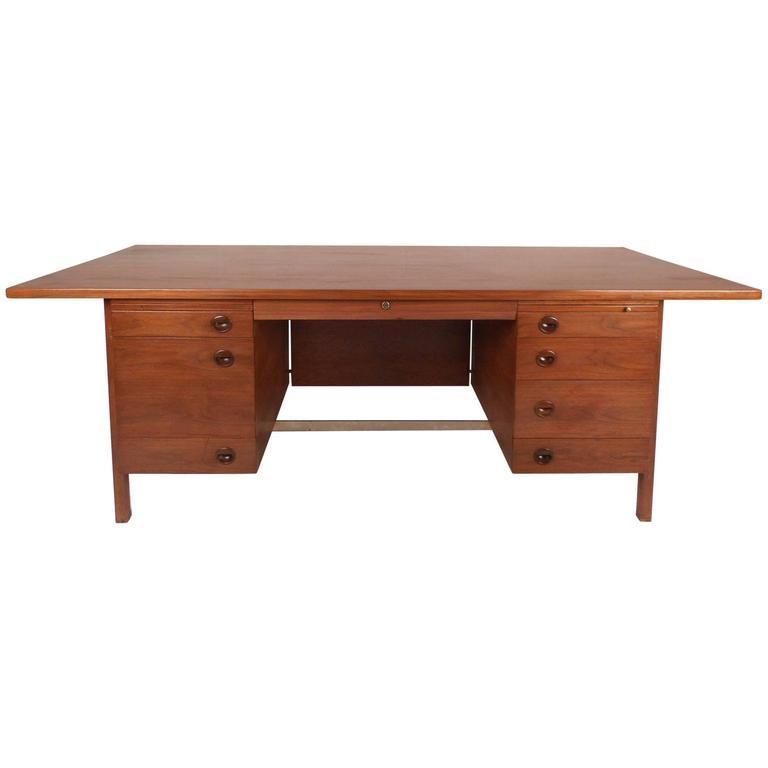 Dunbar Furniture Executive Desk