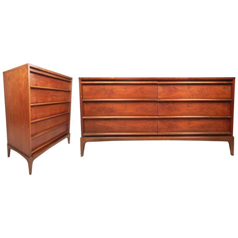 Mid Century Modern Dresser Set By Lane Furniture For Sale At 1stdibs