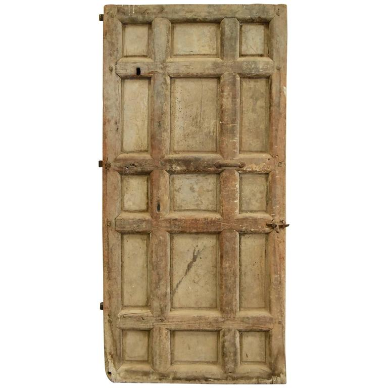 Delicieux 17th Century Spanish Chestnut Door With Iron Hardware