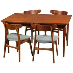 1950s Hans J. Wegner CH 30 Chairs and Extension Dining Table - Oak and Teak