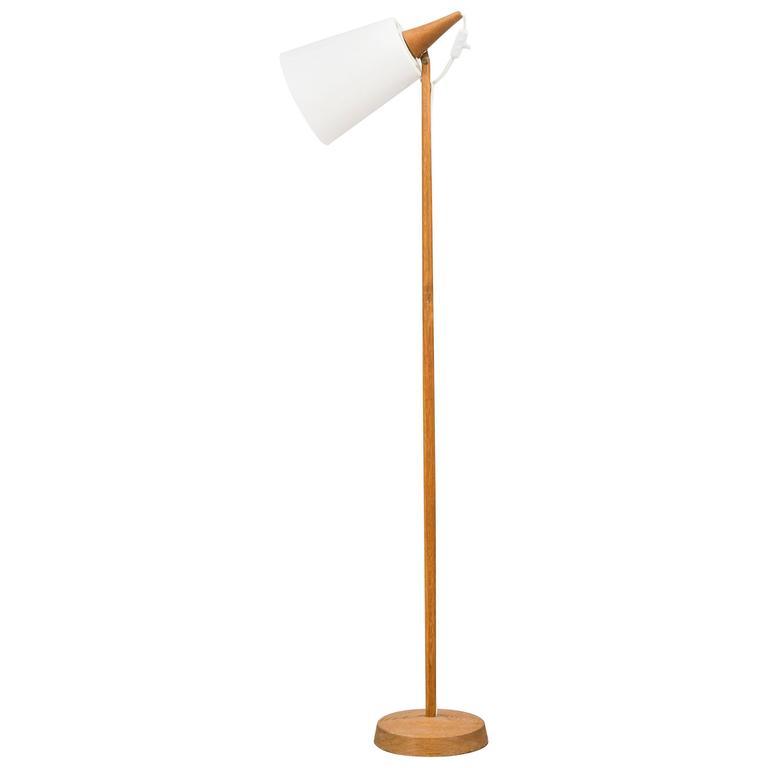 Scandinavian Modern Floor Lamp by Uno & Osten Kristiansson for Luxus in Sweden For Sale
