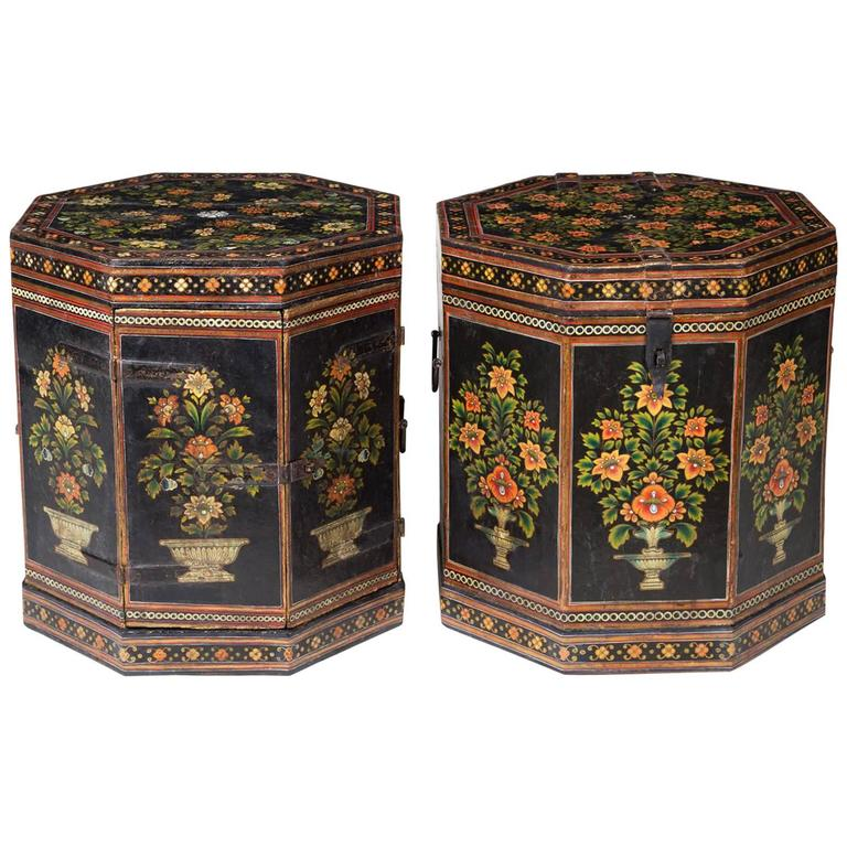 Perfect Pair Of Anglo Indian Papier Mâché Low End Tables 1
