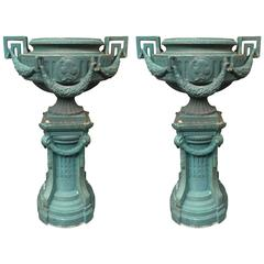 Important Pair of Cast Iron Garden Vases, End of the 19th Century