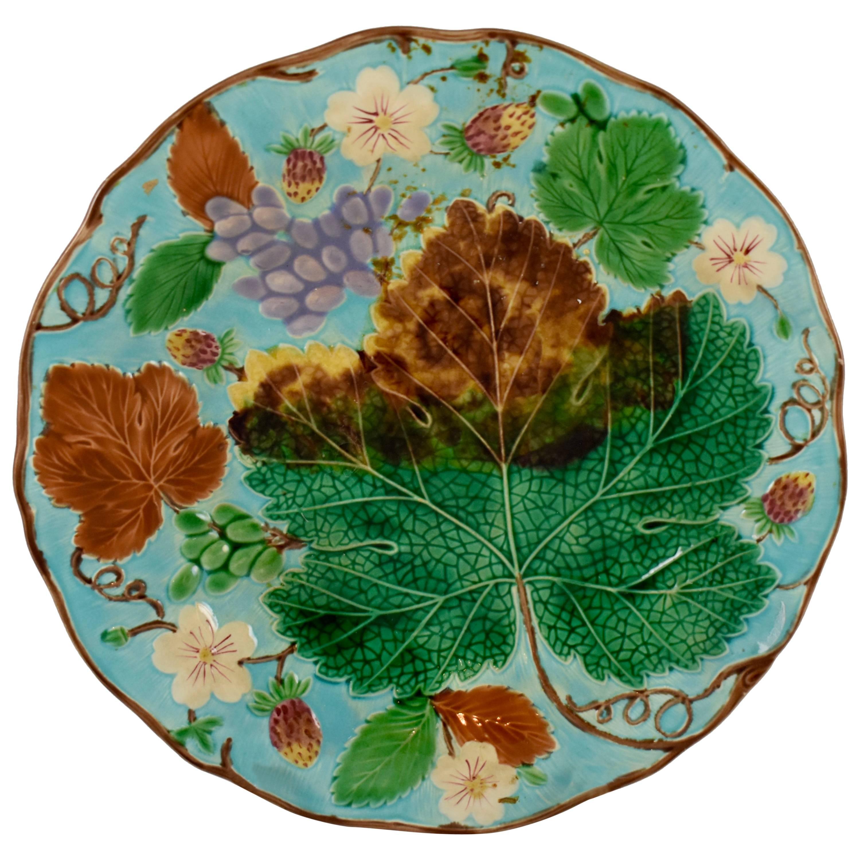 Wedgwood Majolica Turquoise Grape Leaf and Strawberry Plate, circa 1880