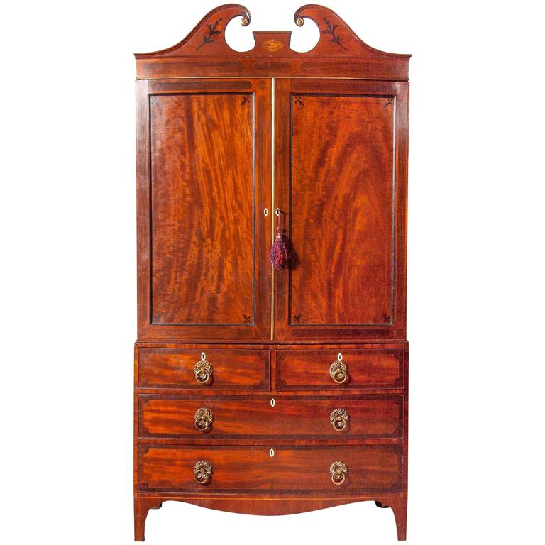 Fine George III Mahogany and Rosewood Linen Press