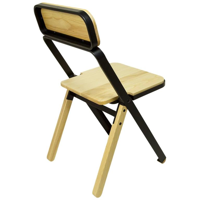 Profile Folding Chair, Black and Natural, from Souda, Made to Order For Sale