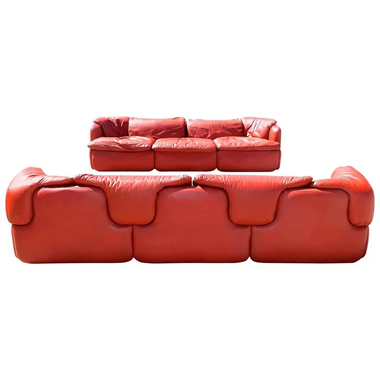 "Pair of ""Confidential"" Leather Sofas by Alberto Rosselli for Saporiti For Sale"