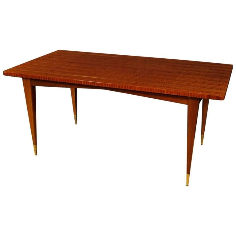 20th Century Design Dining Table in Mahogany