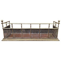 Good Quality Aesthetic Movement Brass Fire Fender with Turned Details & Finials