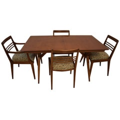 Mid-Century Modern Dining Room Table and Four Chairs, Johnson Furniture Company
