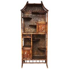 Beautiful 19th Century English Bamboo Pagoda Étagère or Bookcase
