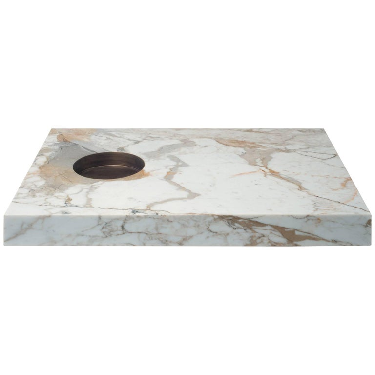 Table in Calacatta Gold Marble and Brass by Stefano Belingardi Clusoni, Italy For Sale