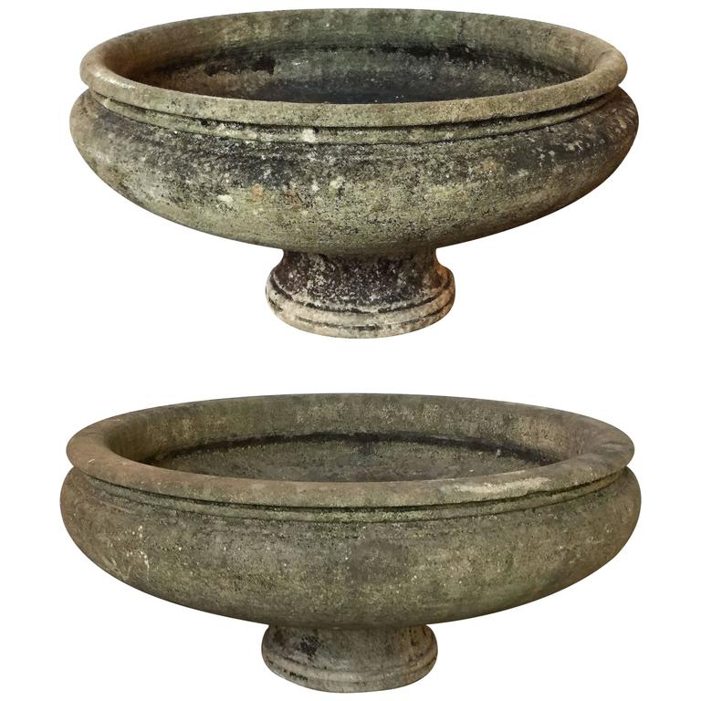 Pair of English Garden Stone Extra Large Round Planters 1