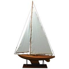 Pond Yacht model 'Grace' c1935