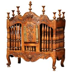 Mid-19th Century French Louis XV Carved Walnut Panetiere Cabinet from Provence