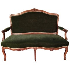 19th Century Louis XV Sofa Kanapee Solid Walnut