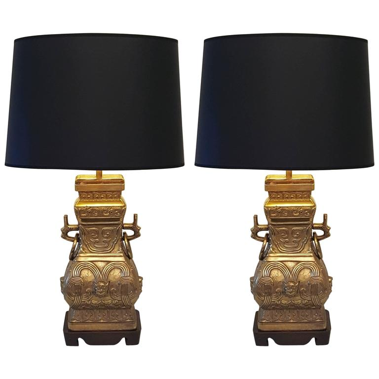 Pair of Impressive Bronze Brass Chinese Chinoiserie Urn Table Lamps For Sale
