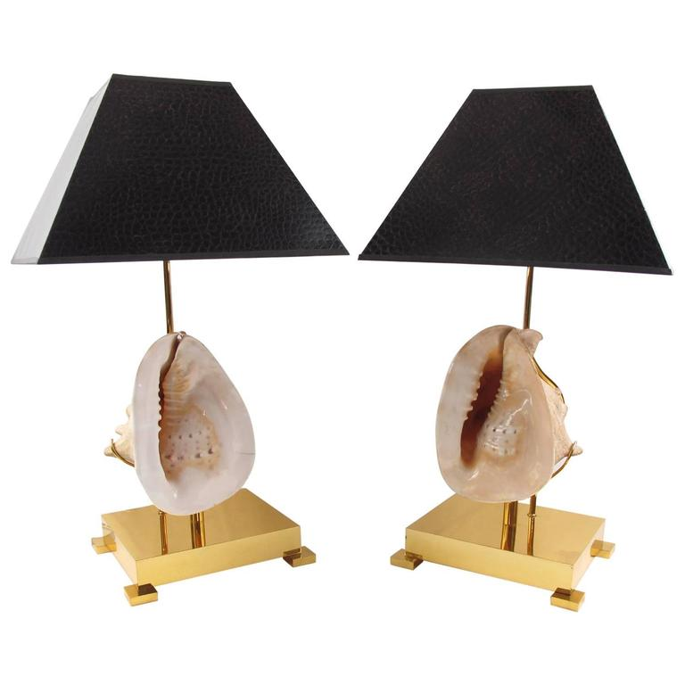 Mounted Seashell Pair of Table Lamp in the Manner of Willy Daro, circa 1970s