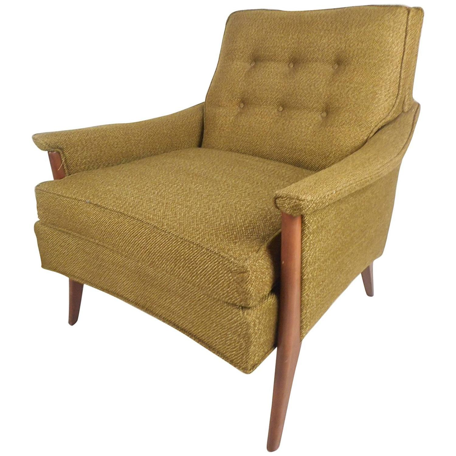 Mid Century Modern Tufted Lounge Chair by Kroehler Mfg Co For Sale