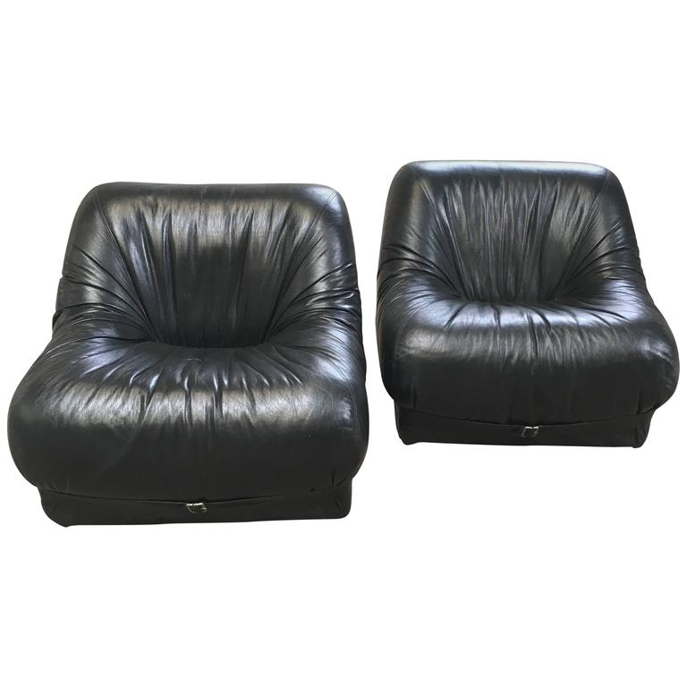 Pair of Italian Black Leather Armchairs from 1970s